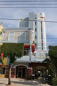 Khách Sạn Nhiệt Đới