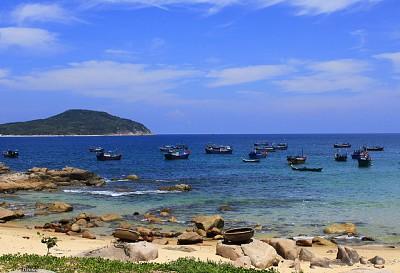 Du lịch Phú Yên: Hoang sơ đảo Hòn Chùa