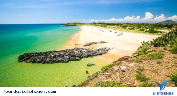 Du lịch Phú yên tự túc giá rẻ trong dịp hè - Ảnh 2