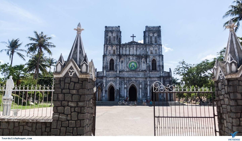 Bí mật nhà thờ Mằng Lăng hàng trăm tuổi ở xứ Nẫu