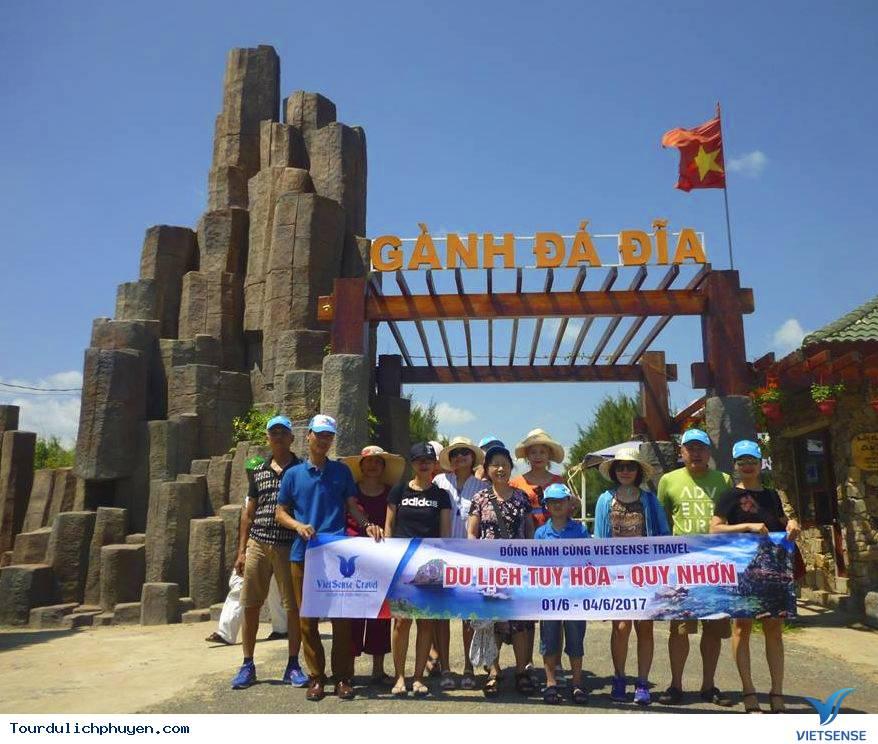 Chọn một hướng dẫn viên du lịch chuyên nghiệp - Ảnh 3