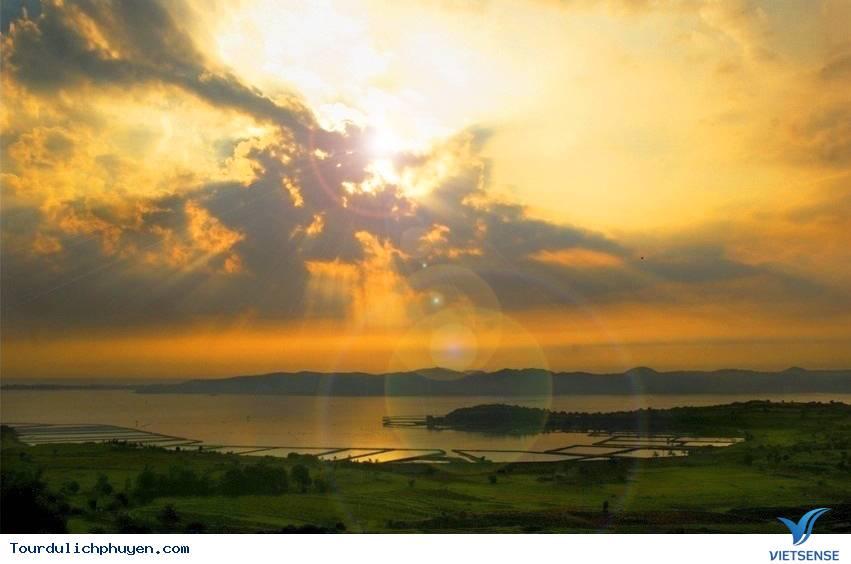 Đầm Ô Loan – Mộng mơ nơi Phú Yên - Ảnh 2