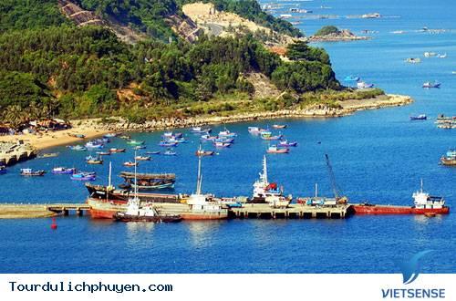 Du lịch Phú Yên – Khám Phá Vịnh Vũng Rô