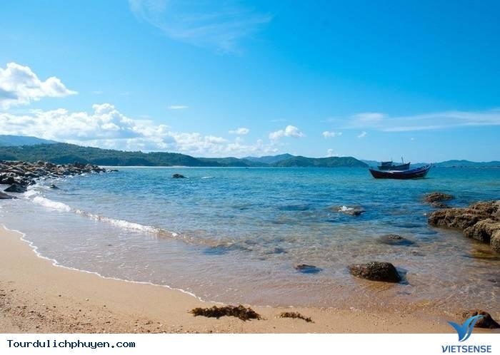 Những Cảnh Đẹp Nào Đang Chờ Bạn Khi Du Lịch Phú Yên?